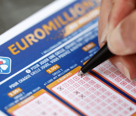 New UK Lottery Record As 1 Ticket Nets £170m