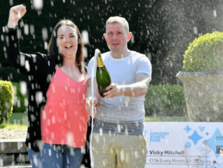 Online Lottery Player Wins £10k Every Month For 30 Years